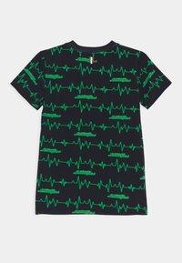 Automobili Lamborghini Kidswear - HEART-BEAT - T-shirt con stampa - green mantis - 1