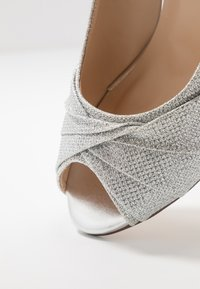 Paradox London Wide Fit - WIDE FIT GABRIELLE - Klassiske pumps - silver - 2