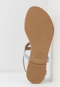 New Look - HOOPER - Flip Flops - mid blue - 4