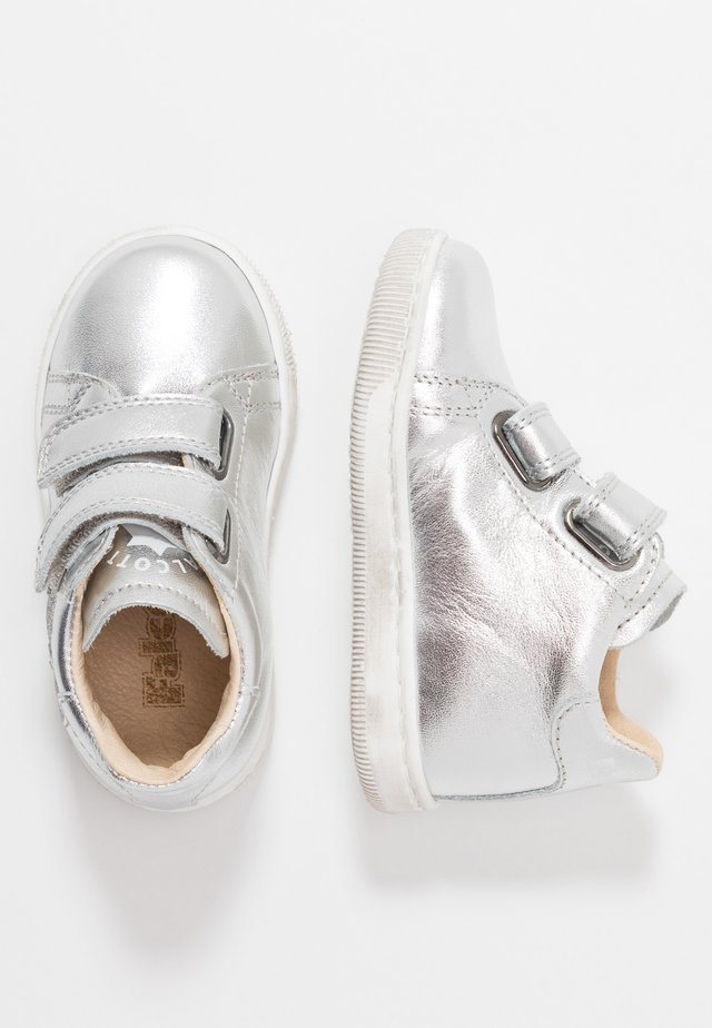 KLINGON - Baby shoes - silber