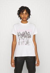 Cotton On - CLASSIC BAND - Camiseta estampada - off-white - 0
