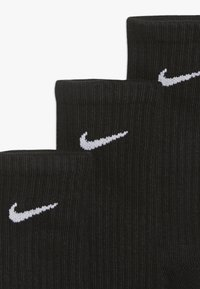 Nike Sportswear - EVERYDAY CUSH CREW 3 PACK - Ponožky - black/white