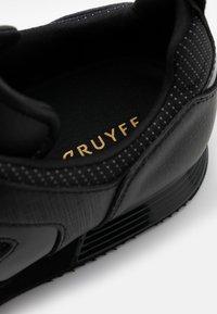 Cruyff - LUSSO - Trainers - black - 5