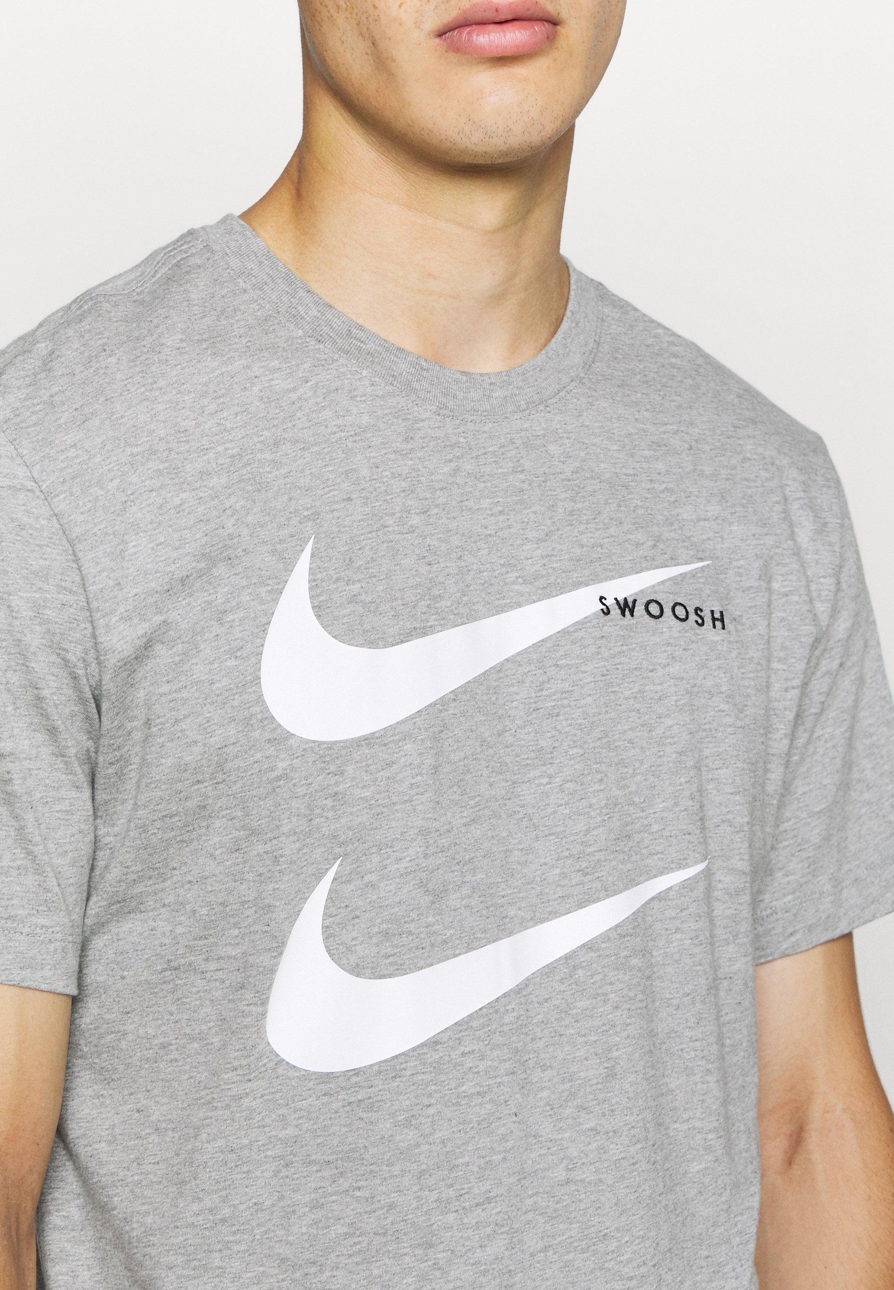 Nike Sportswear Tee - T-shirts Med Print Grey