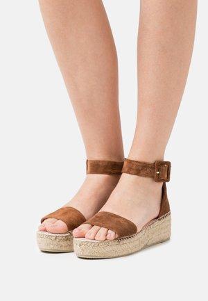 BELLA - Platform sandals - pesca