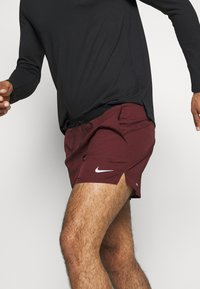Nike Performance - RUN DIVISION FLEX STRIDE - Sports shorts - mystic dates/black/silver - 3