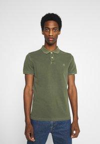 Marc O'Polo - SHORT SLEEVE BUTTON PLACKET - Polo shirt - dried herb - 0