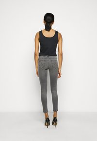 AG Jeans - ANKLE - Jeans Skinny Fit - gray light - 2