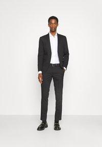 Jack & Jones PREMIUM - JPRFRANCO - Spodnie materiałowe - black - 1
