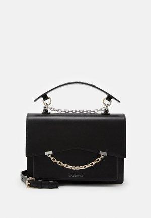 SEVEN SHOULDERBAG - Håndtasker - black