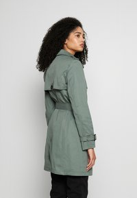 Esprit - CLASSIC - Trenchcoat - khaki green - 2