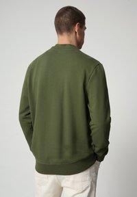 Napapijri - BALIS - Sweatshirt - green cypress - 1