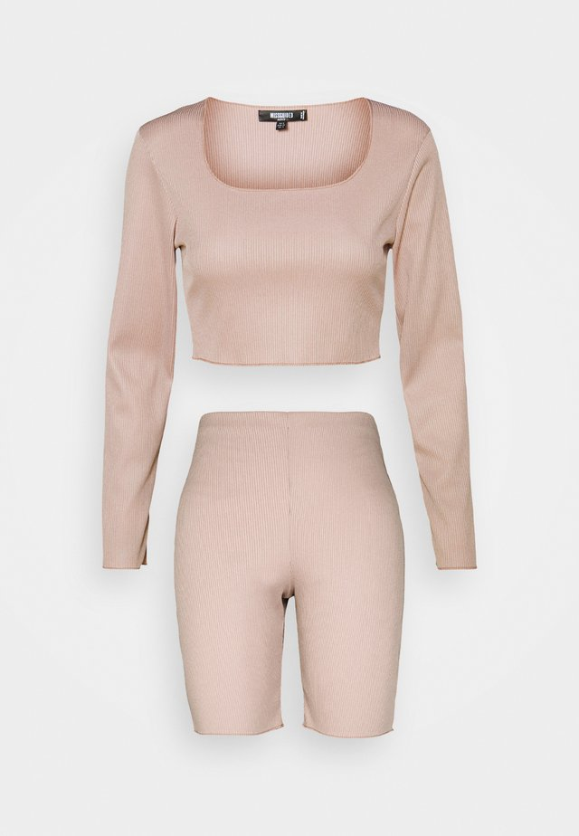 RACER NECK CROP AND CYCLING SET - Toppi - beige