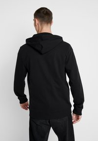 Only & Sons - ONSWINSTON ZIP HOODIE - Bluza rozpinana - black - 2