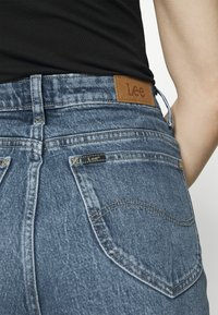 Lee - STELLA TAPERED - Jeans relaxed fit - vintage lewes - 4