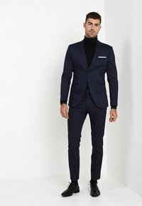 Selected Homme - SLHSLIM FIT ACECHACO SUIT - Jakkesæt - dark navy - 1