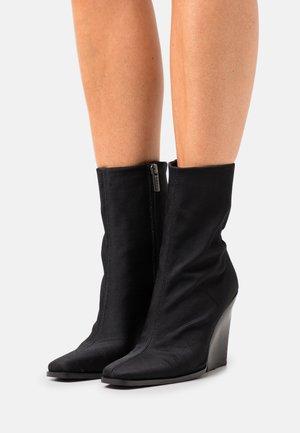 MALIBOO - Classic ankle boots - black