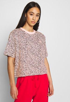 BOXY TEE - T-shirt z nadrukiem - peach blush
