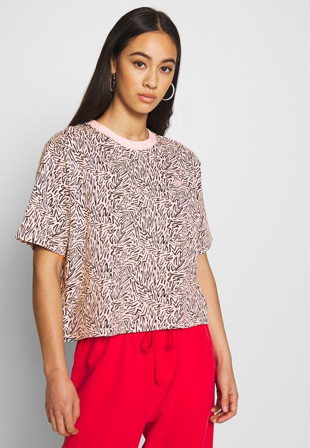 BOXY TEE - Print T-shirt - peach blush