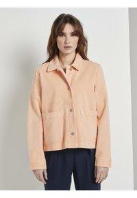 TOM TAILOR - COLORED TWILL - Denim jacket - peach blossom - 0