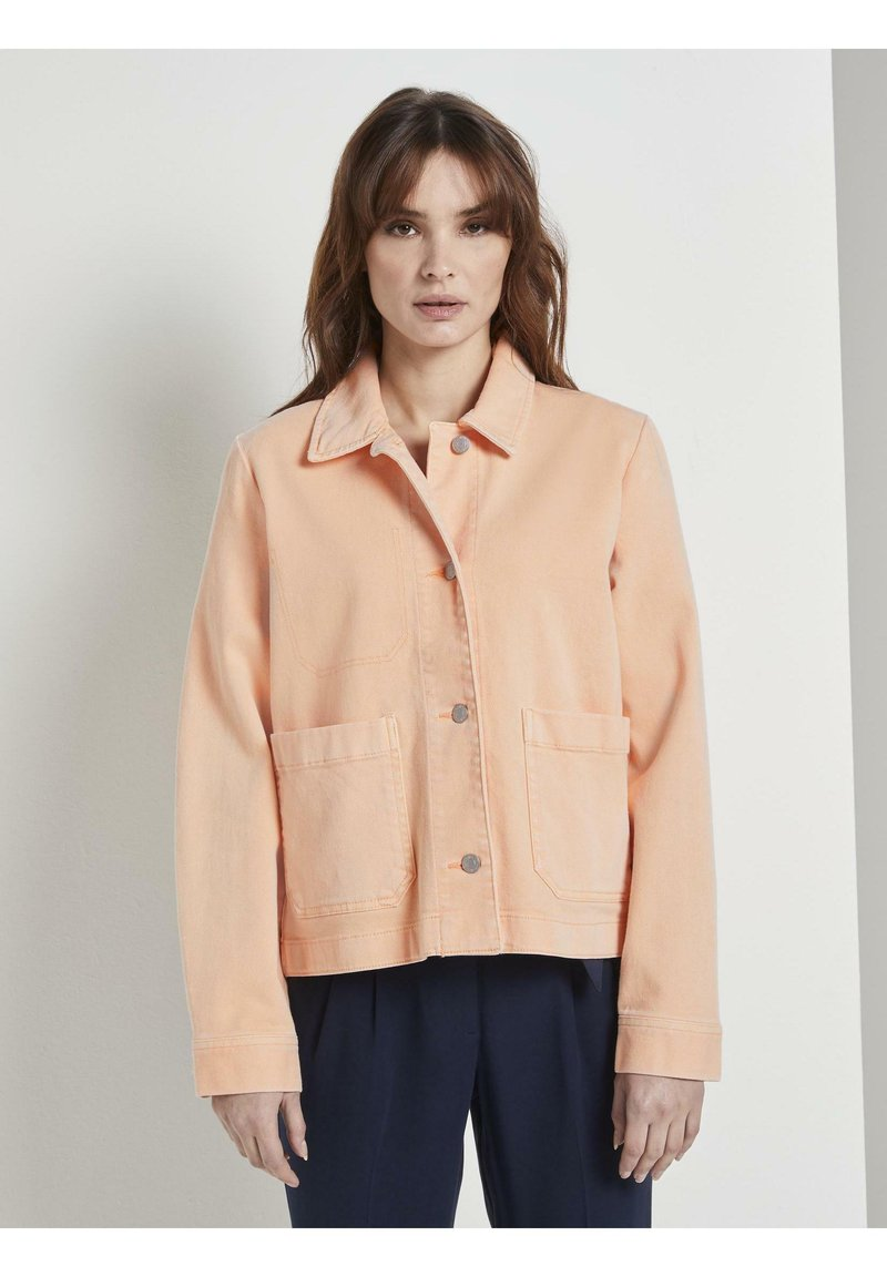 TOM TAILOR - COLORED TWILL - Denim jacket - peach blossom