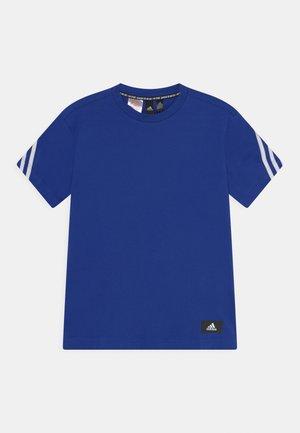 TEE - Camiseta estampada - bold blue/white