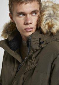 PULL&BEAR - Winter coat - khaki - 2