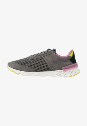 KINETIC LITE LACE - Trainers - grey
