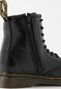 Dr. Martens - 1460 J  Crinkle Metallic - Lace-up ankle boots - black metallic - 2