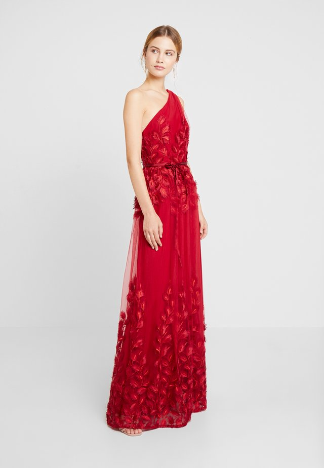 SHIRRED ONE SHOULDER BALL GOWN - Vestido de fiesta - dark scarlet