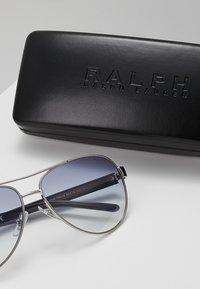 RALPH Ralph Lauren - Sunglasses - blue gradient - 2