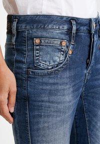 Herrlicher - SHYRA CROPPED - Slim fit jeans - dark blue denim - 4
