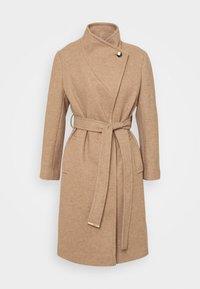 Dorothy Perkins Petite - FUNNEL COLLAR BELTED COAT - Classic coat - camel - 3