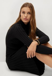 Mango - FLURRY - Jumper dress - noir - 5