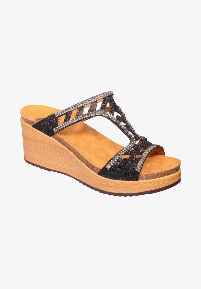 MIT KEILABSATZ ELETTRA - Wedge sandals - schwarz