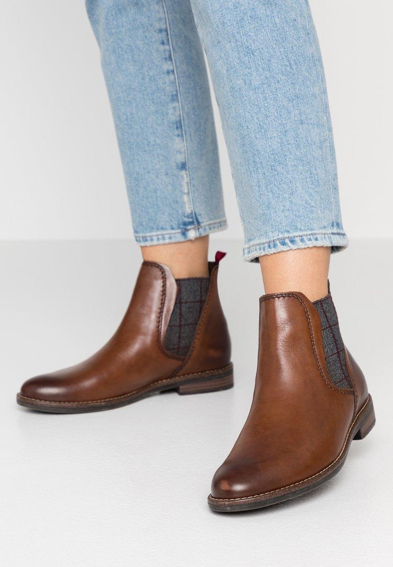 Marco Tozzi - Boots à talons - chestnut