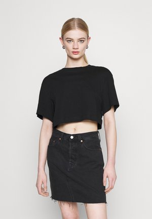 CROP VOLUME  - Camiseta básica - black