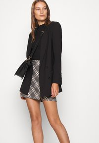 Abercrombie & Fitch - PLAID MINI SKIRT - Minisukně - grey - 3