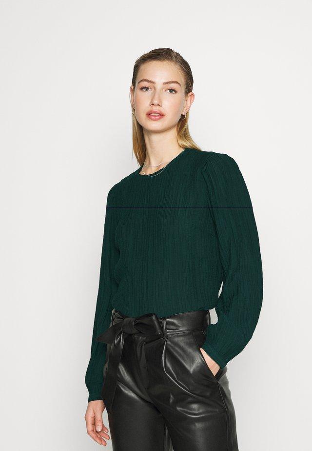 VMNANNA - T-shirt à manches longues - ponderosa pine
