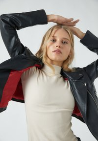 PULL&BEAR - Faux leather jacket - black - 3