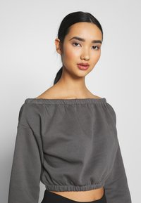 Nly by Nelly - OFF SHOULDER - Sweatshirt - off black - 3