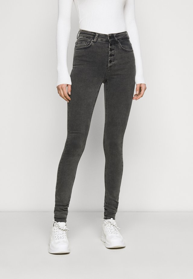 ONLBLUSH BUTTON - Skinny džíny - black