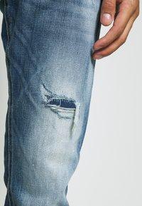 Jack & Jones - JJIGLENN JJFOX - Jeans Tapered Fit - blue denim - 5