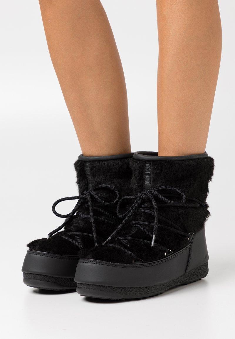 Moon Boot - MONACO LOW WP  - Vinterstøvler - black