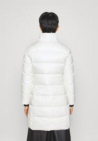 Calvin Klein - ESSENTIAL REAL COAT - Down coat - snow white - 4