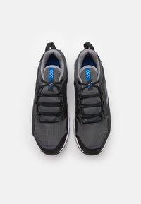 adidas Performance - TERREX AGRAVIC TR GTX - Běžecké boty do terénu - dough solid grey/grey three/royal blue - 3