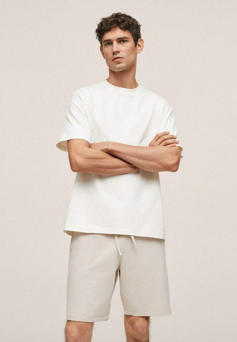 Mango - FUNCHAL - Shorts - open beige