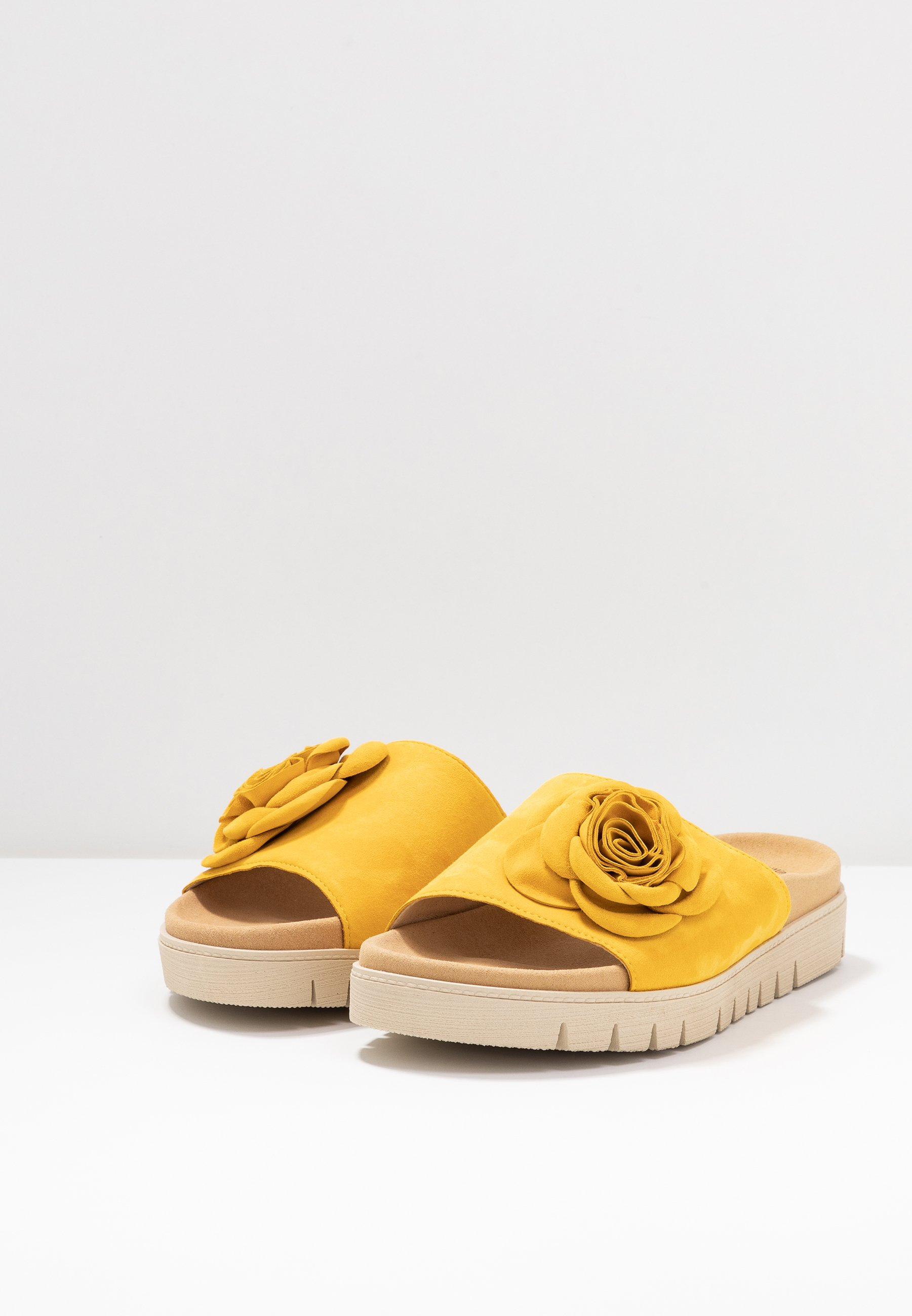 Gabor Pantolette flach sun/gelb