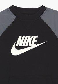 Nike Sportswear - Sweatshirt - black/white - 3