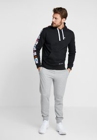 Champion - MLB MULTITEAM HOODED - Sweat à capuche - black - 1